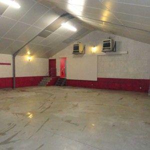 Intérieur de la salle des fêtes